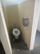No-Door Toilet
